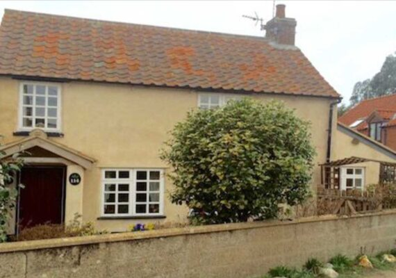 Hollyhedge Cottage