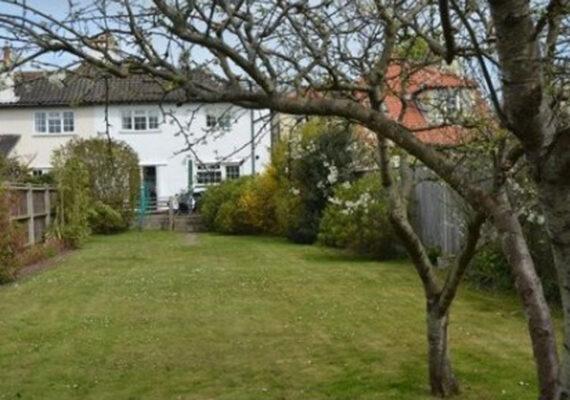 Broadside Cottage